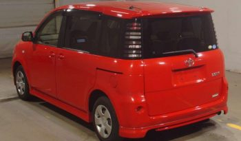 TOYOTA SIENTA 2004 RED full