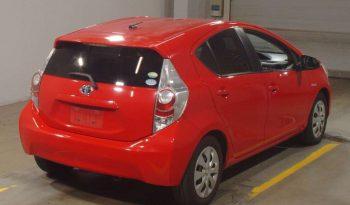 TOYOTA AQUA 2012 RED full