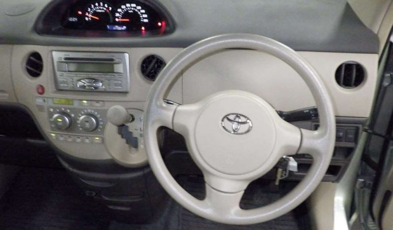 TOYOTA SIENTA 2007 full